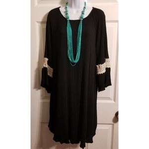 James C Bell Sleeve Pullover Black Dress. Size L